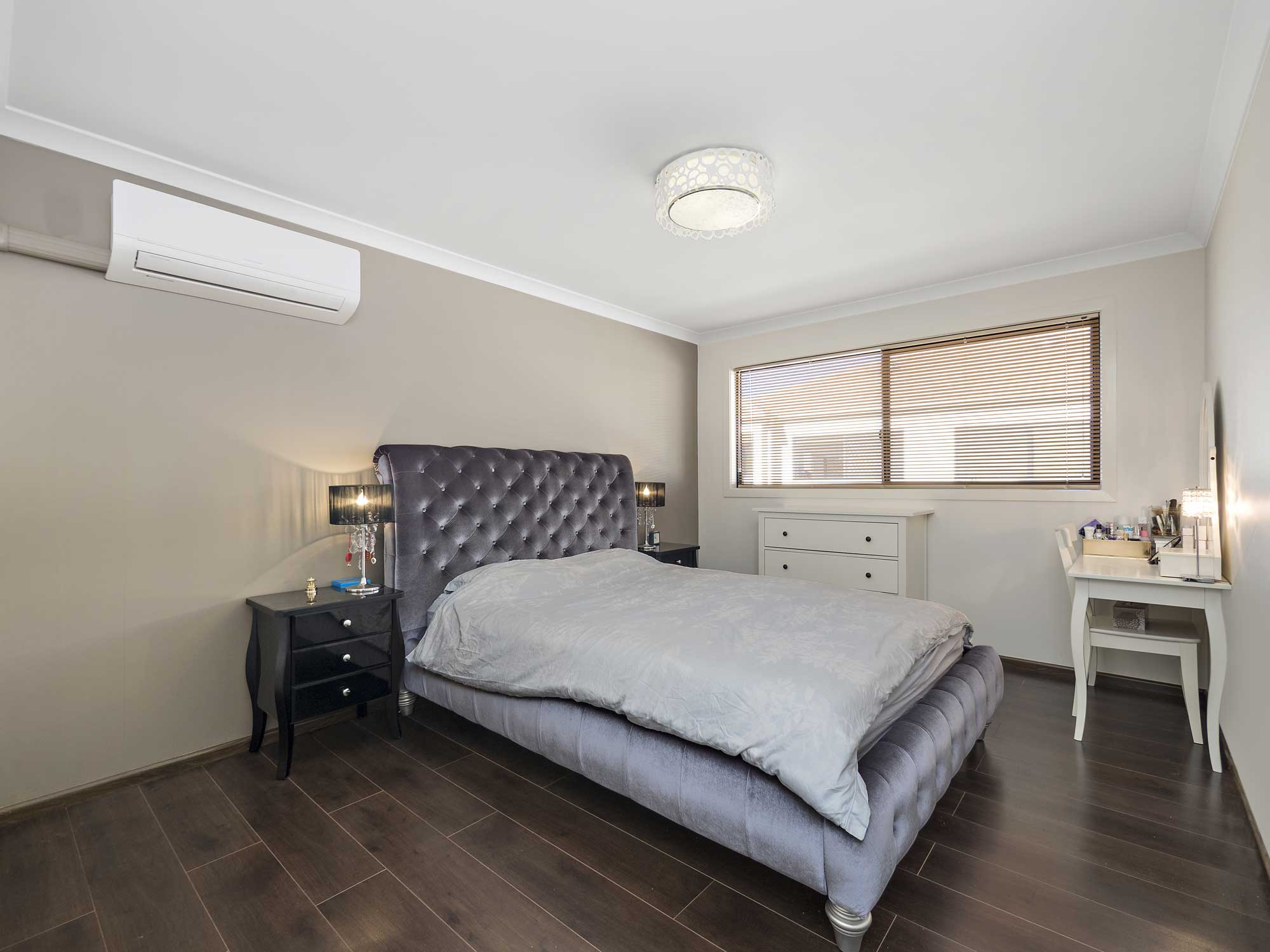 Calamvale master bedroom townhouse photography Brisbane Phil Savory