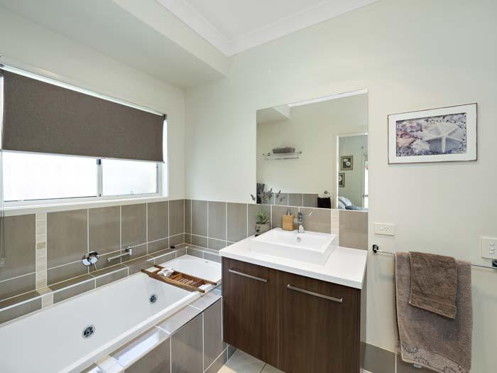 Booyong Close Narangbah real estate photography