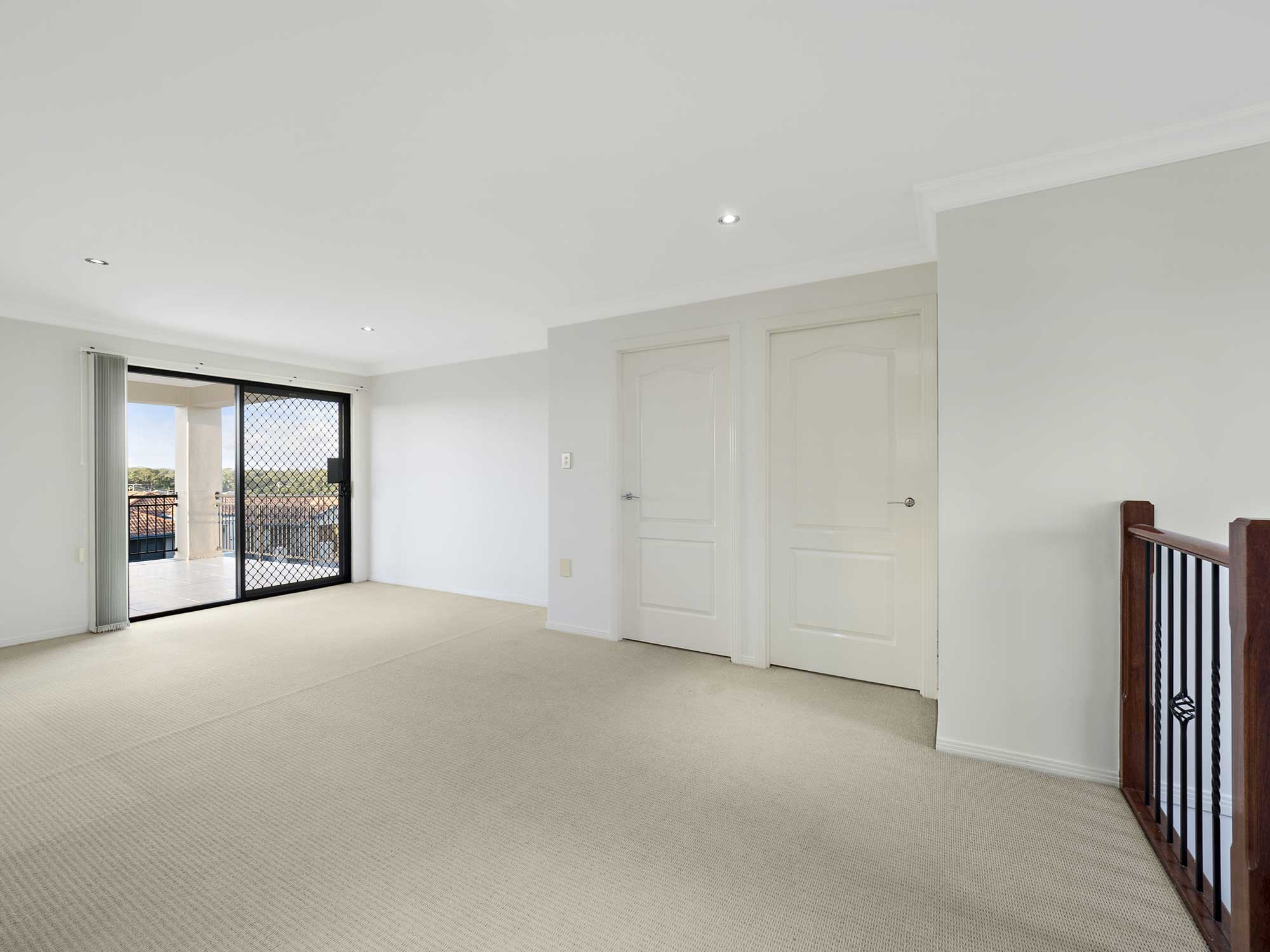 Photographing Modern Home For Sale At Kuraby Brisbane Property Photography