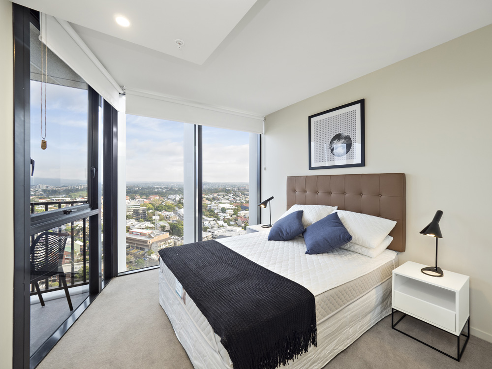 Real estate apartment photography Spire Residences, Apartment 2910 bedroom, August 2018