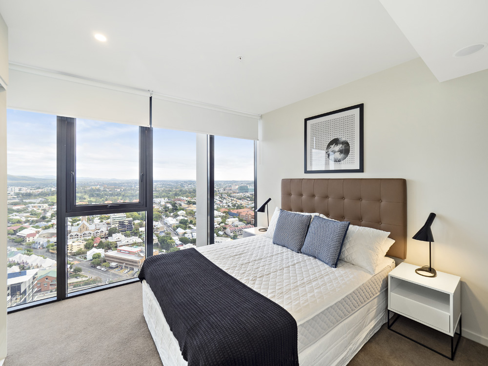 Real estate apartment photography Spire Residences, Apartment 3609 bedroom, September 2018