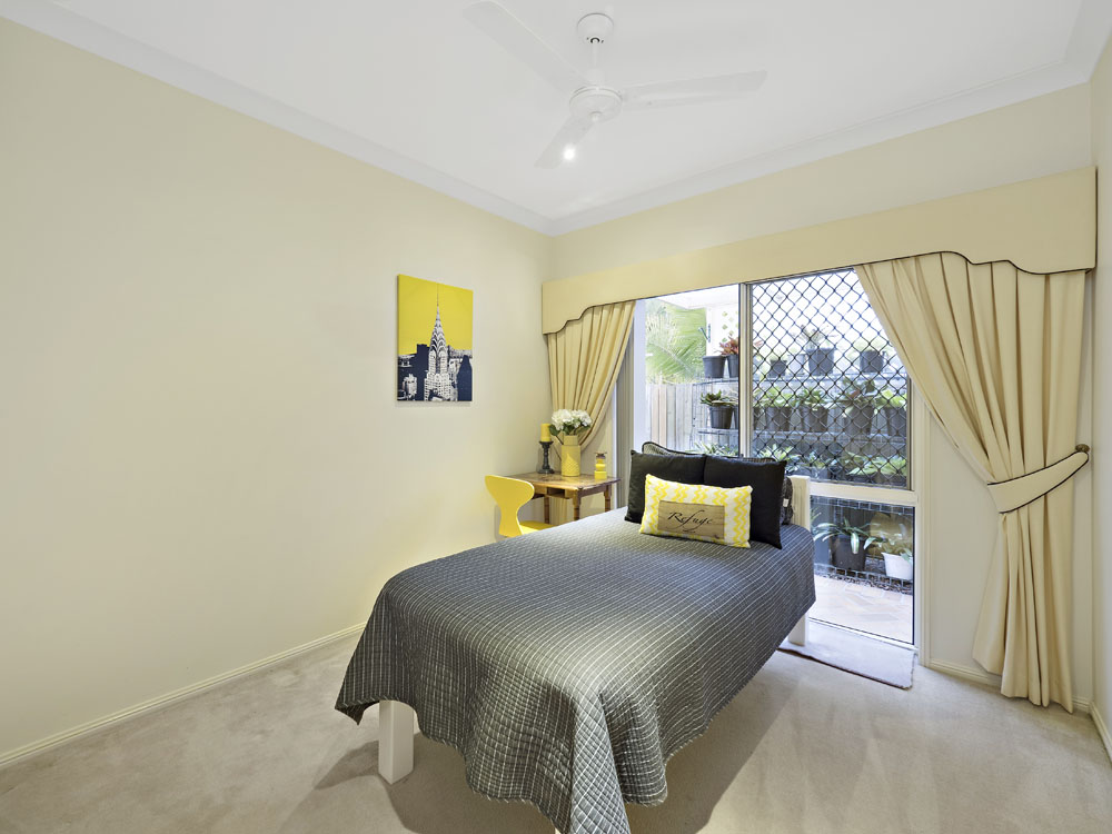 Real estate photography, 90 King St Kuraby