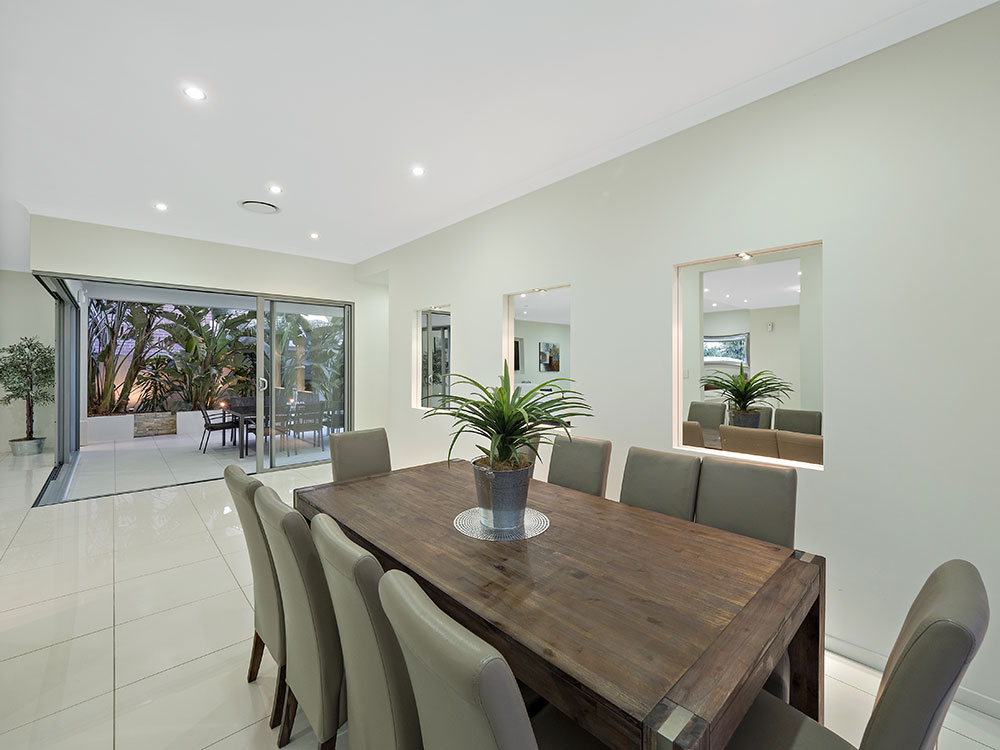 61 Shuttleworth real estate photography dining table