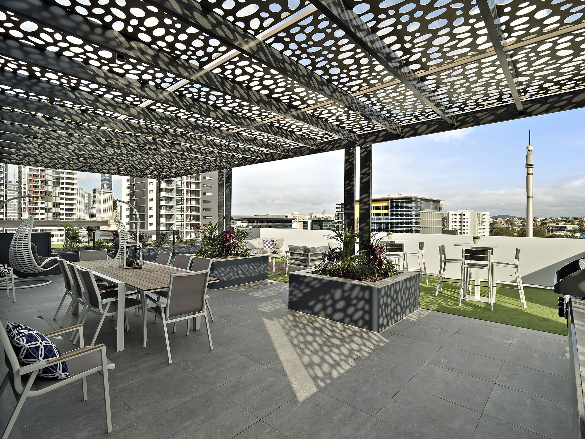 7 Manning St completion photography roof top entertaining area