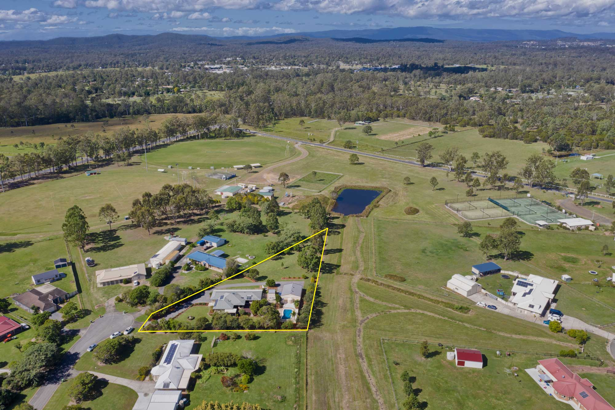 Drone photography at 33 Shergar Court Jimboomba for a real estate listing