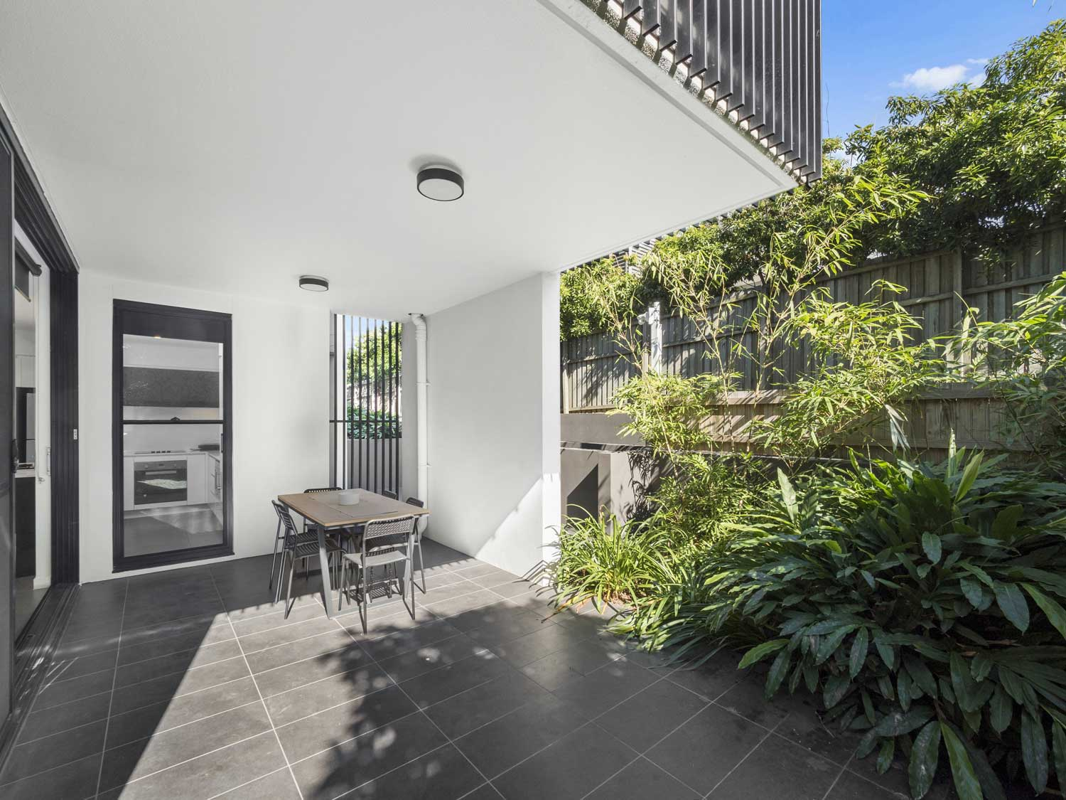The outdoor living area - Apartment photography at Upper Mt Gravatt