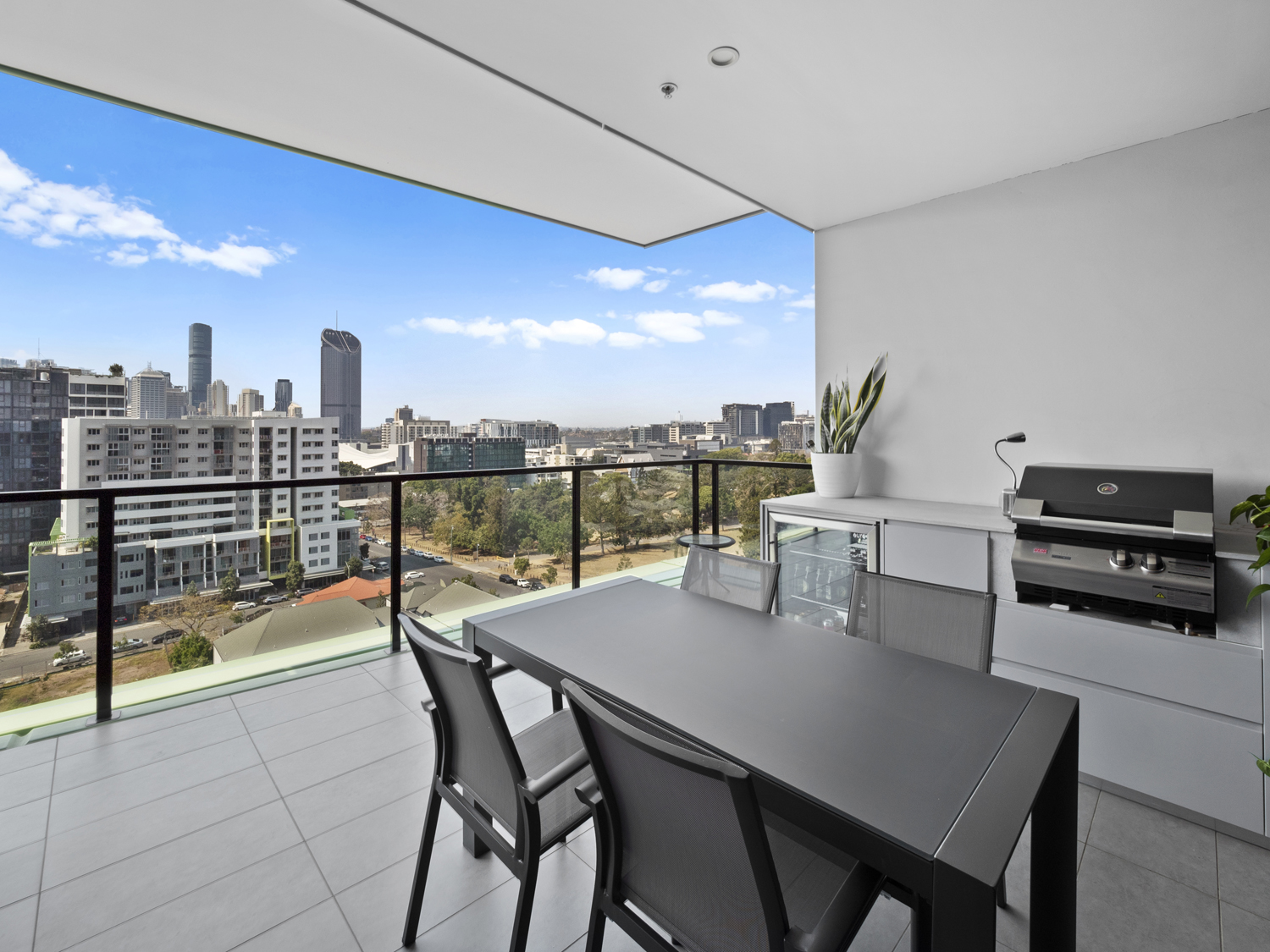 The balcony area - 9 Edmonstone St South Brisbane apartment photography