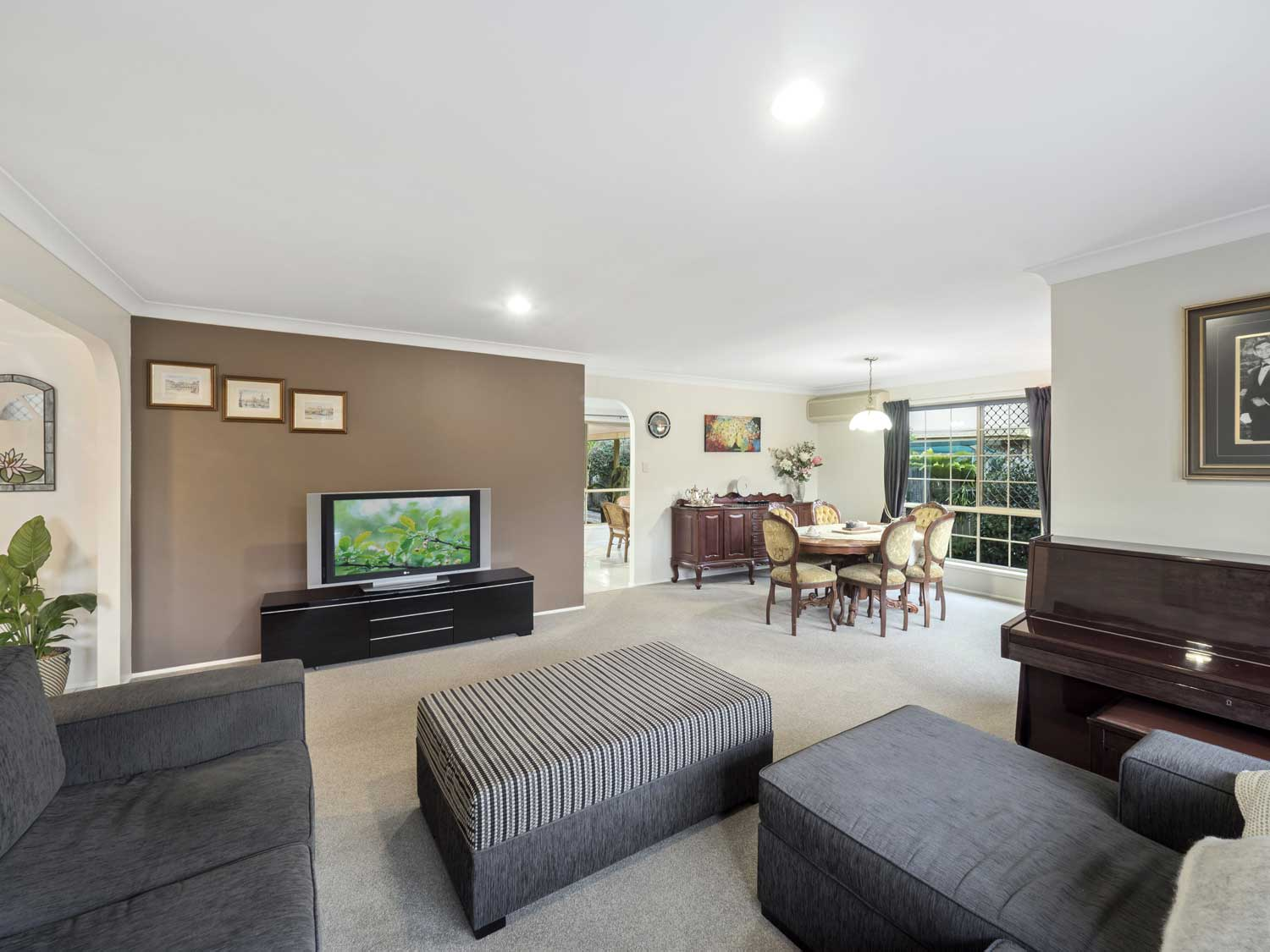 The lounge and dining areas - photographing a home for sale at Kuraby