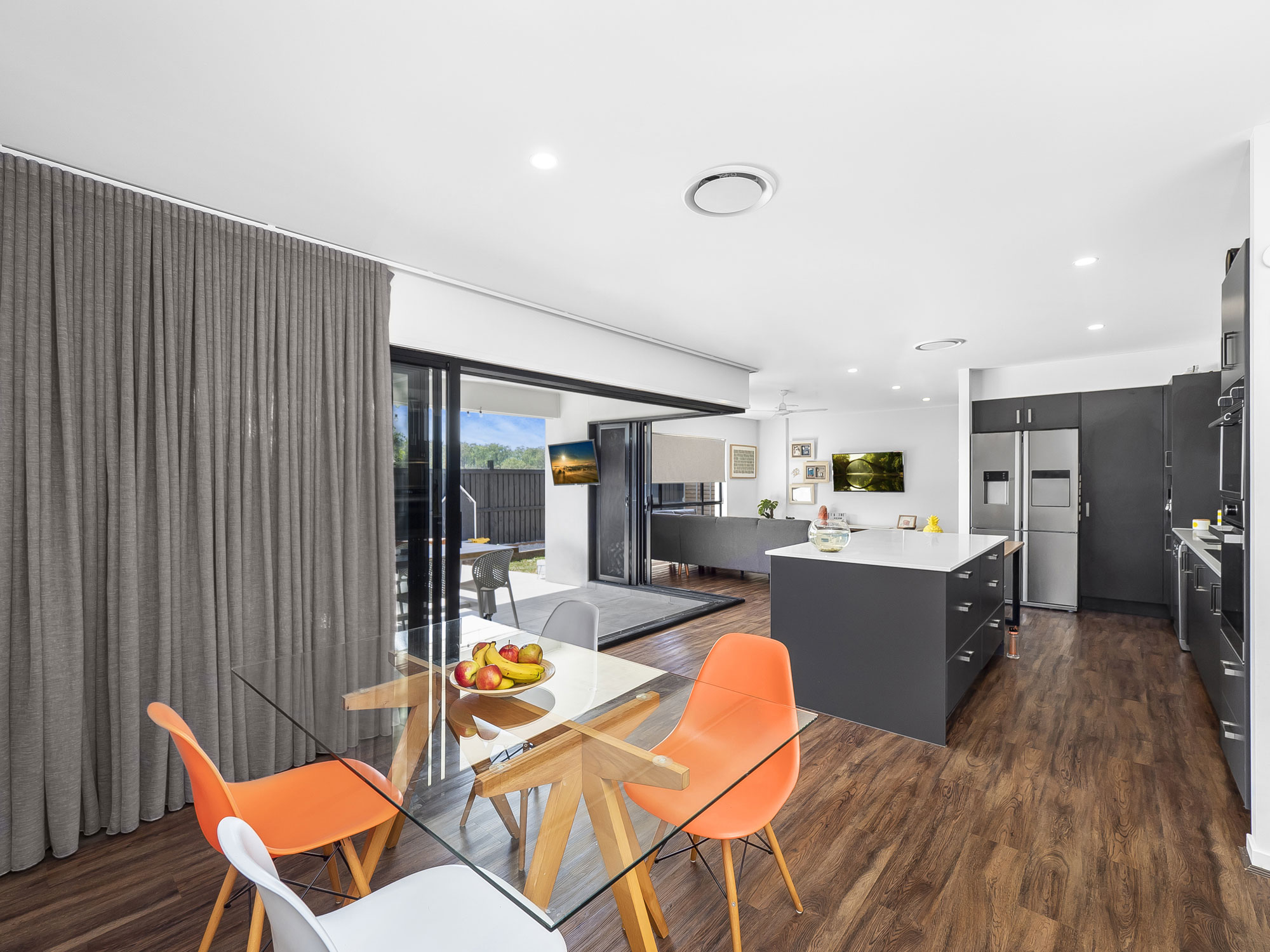 Photographing an Alphaline Homes display home at Griffin, north of Brisbane