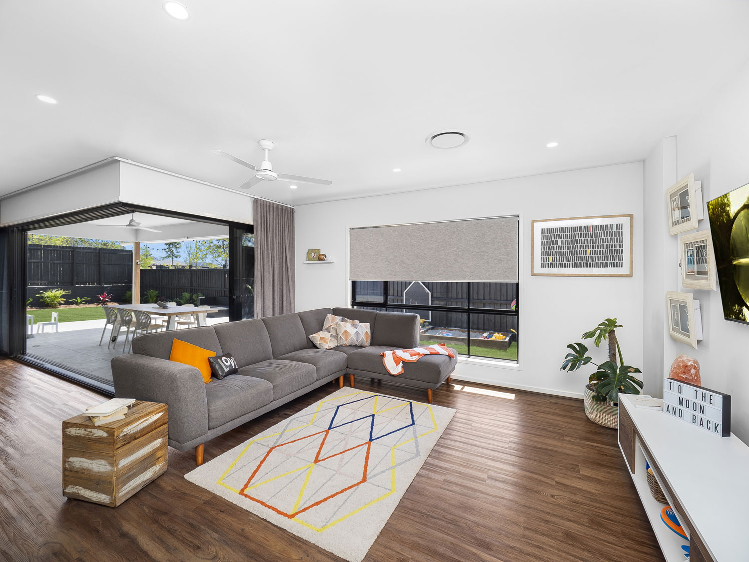 The family room - Real estate photography at Waterford