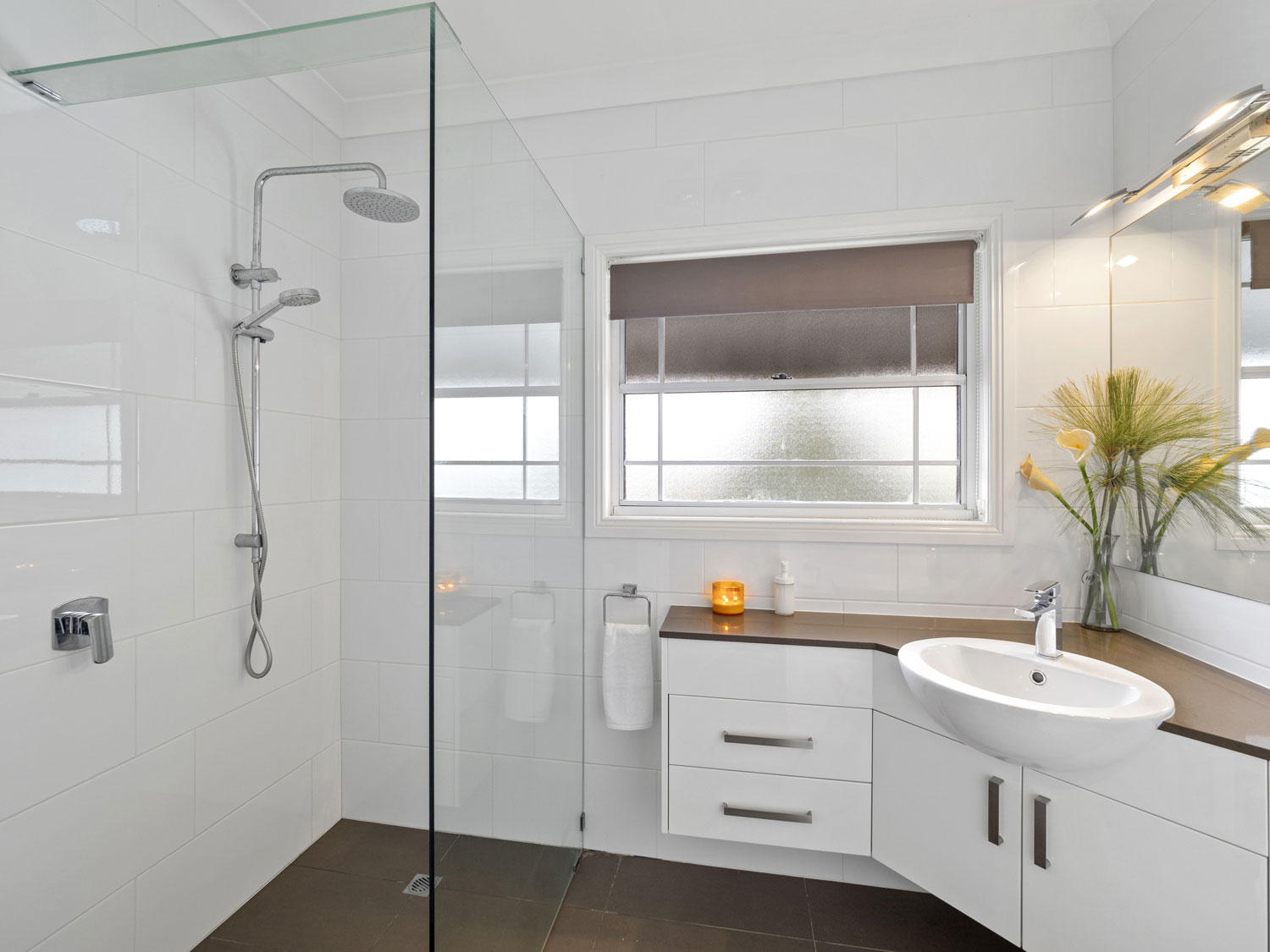 The ensuite of a home for sale at Eaton's Hill